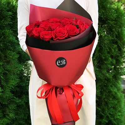 21 Red Roses to Istanbul