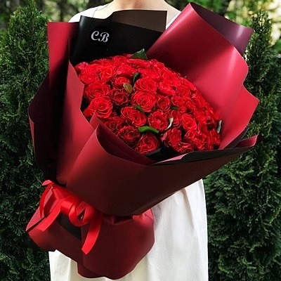 Send roses to Istanbul