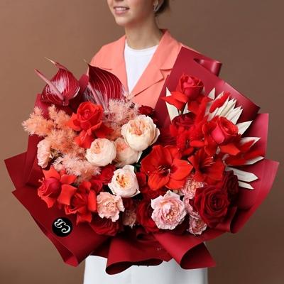 Send luxury flowers to Istanbul