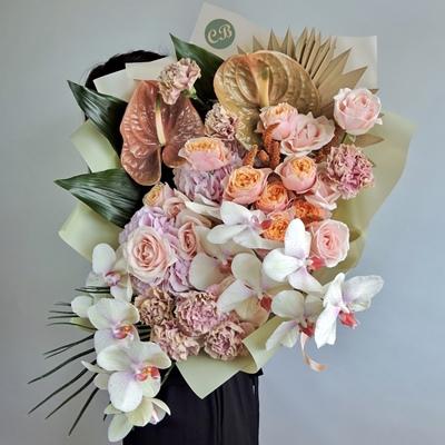 Luxury flowers to Istanbul Turkey