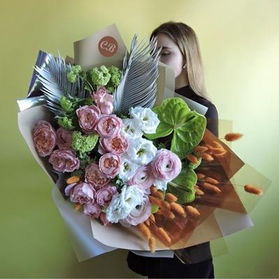 Luxury flowers to Istanbul