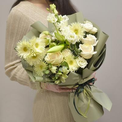Luxury flowers for Turkey Istanbul